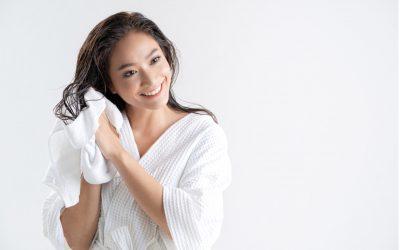 原來水溫要這樣調!5大正確洗髮方式,頭髮乾淨不油膩