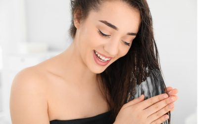 解析3大潤髮方式+使用關鍵,讓頭髮柔順不毛躁